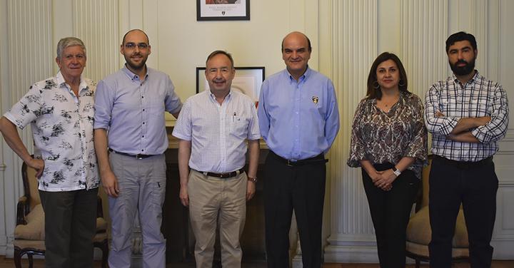 Presidente Nacional se reúne con delegación del American College of Surgeons