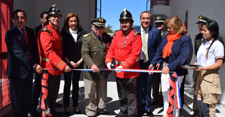 Voluntarios de la 2° Compañía de Arauco inauguraron nuevo cuartel