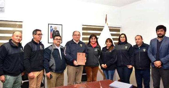 Gobernadora de Diguillín reconoció labor de Bomberos de Bulnes durante sistema frontal
