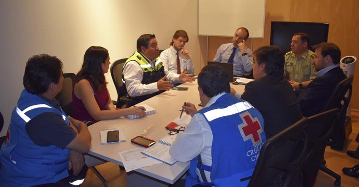 Bomberos de Chile participó en reunión de coordinación junto a Carabineros, SAMU y Cruz Roja