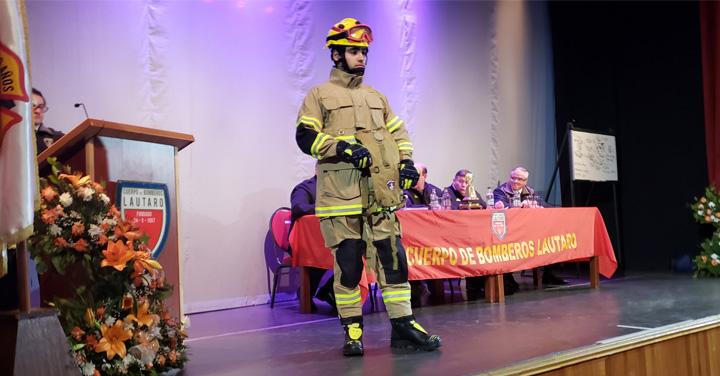Presidente de Bomberos de Chile entregó material menor a bomberos de la Araucanía