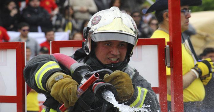Proyecto que asegurará beneficios para los bomberos accidentados en actos de servicio pasa a tercer trámite