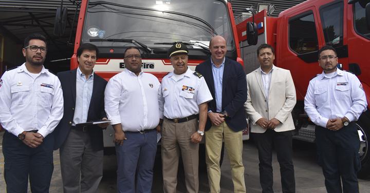 Cuerpos de Bomberos de San Antonio y Quilicura recibieron donación de Mall Parque Arauco