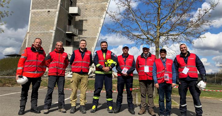 Bomberos de Chile participó en re-clasificación del equipo USAR Francia 03