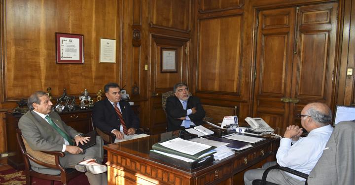 Presidente Nacional se reunió con Cuerpos de Bomberos