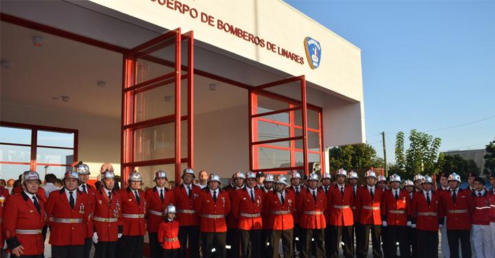 Presidente Nacional inauguró cuarteles de Bomberos en Curepto y Linares