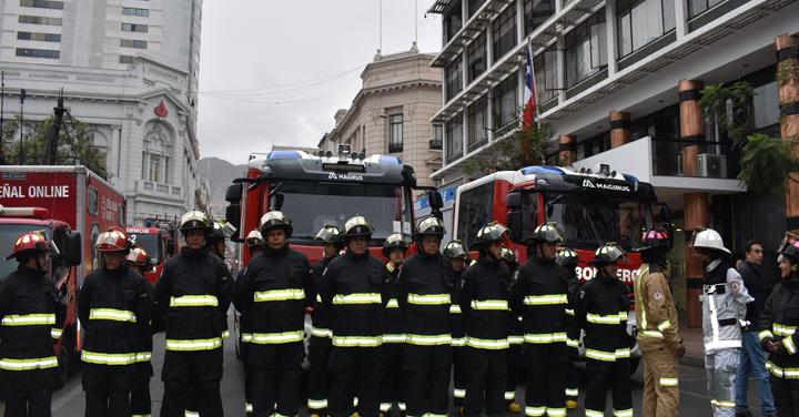 Bomberos de la Región de Antofagasta cuentan con nuevo equipamiento para concurrir a emergencias