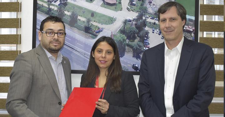 Banco Santander entrega importante donación a Bomberos de Chile como auspiciador de la Reunión de Líderes de Rescate Urbano INSARAG