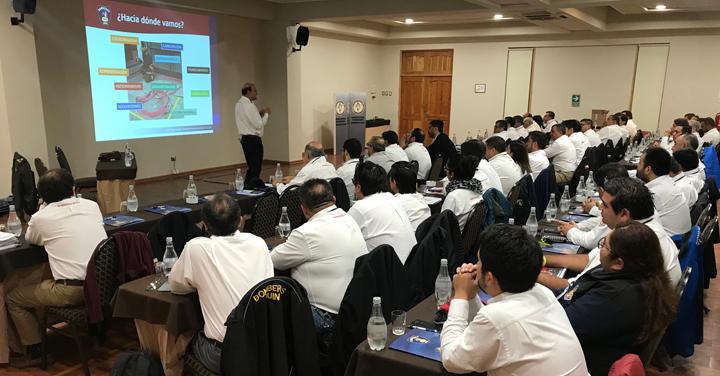 Exitoso seminario de capacitación realizó el Consejo Regional de Bomberos Metropolitano