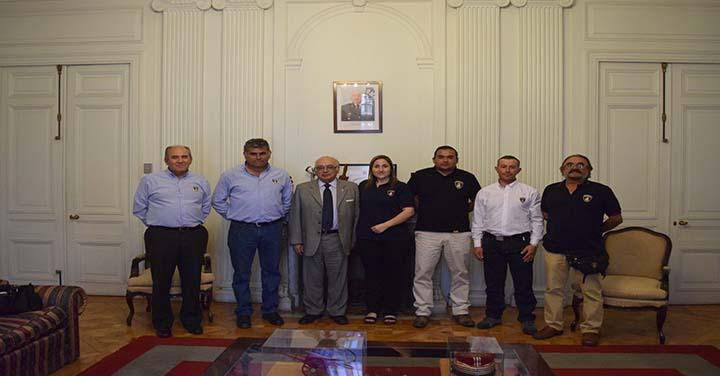 Presidente Nacional recibó a Bomberos de Curepto