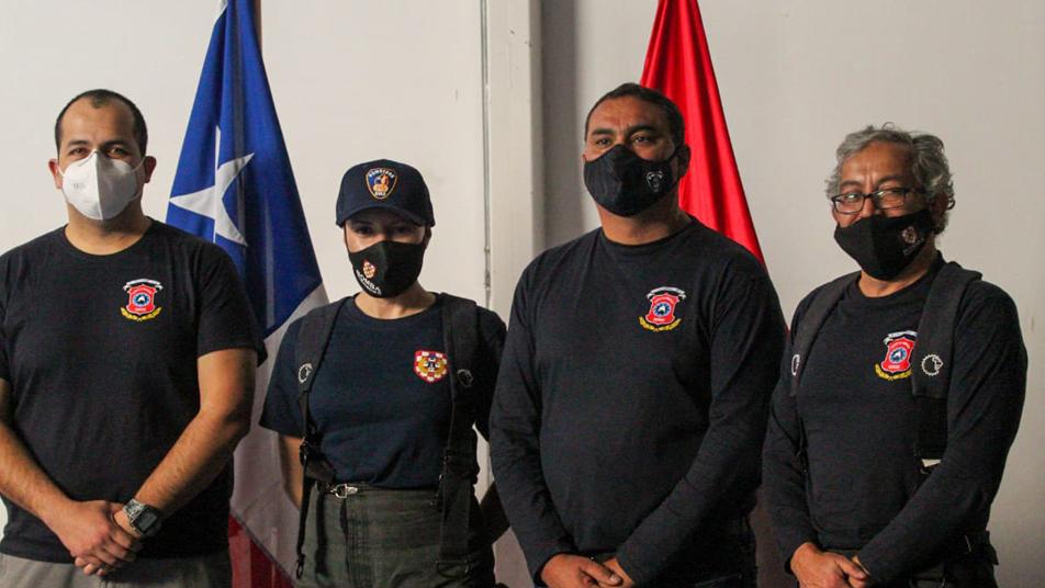 Actriz iquiqueña se suma al Cuerpo de Bomberos de la ciudad