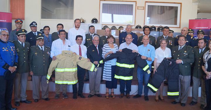 Entregan Material Menor para Bomberos de la Región de los Ríos