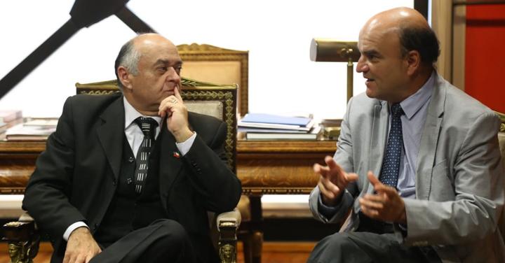 Presidente Nacional de Bomberos se reunió con Intendente del Biobío