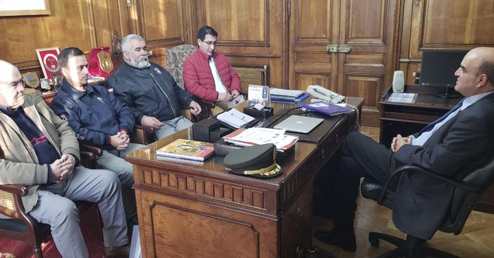 Cuerpo de Bomberos de Angol y Puchuncaví visitaron al Presidente Nacional