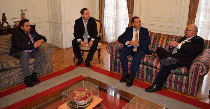 Presidente Nacional se reunió con alcalde de Arauco
