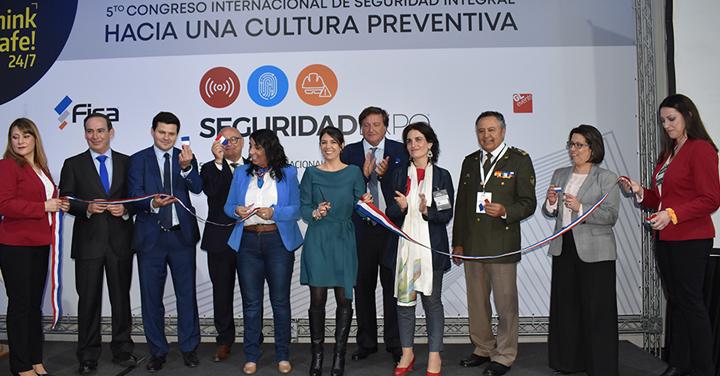 Bomberos de Chile presente en la Feria SeguridadExpo 2019