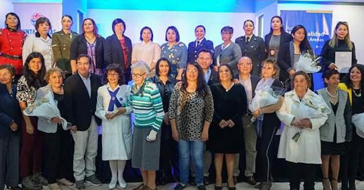 Conmemoración del Día de la Mujer en Municipio de Punta Arenas