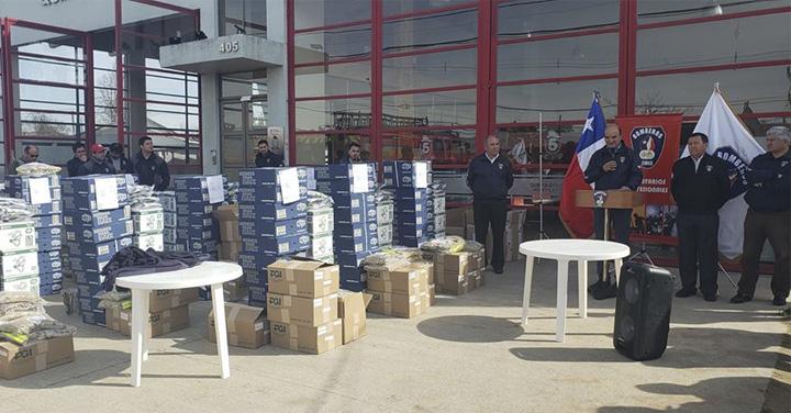 Presidente de Bomberos de Chile entregó material menor a bomberos del Maule