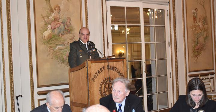 Presidente Nacional participó en homenaje del Rotary Club de Santiago