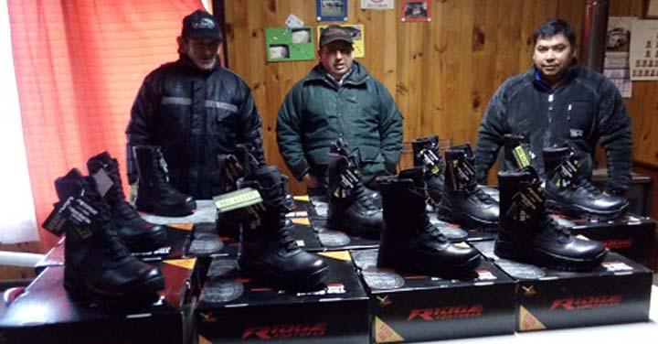 Cuerpo de Bomberos de Puerto Cisnes recibió importante aporte