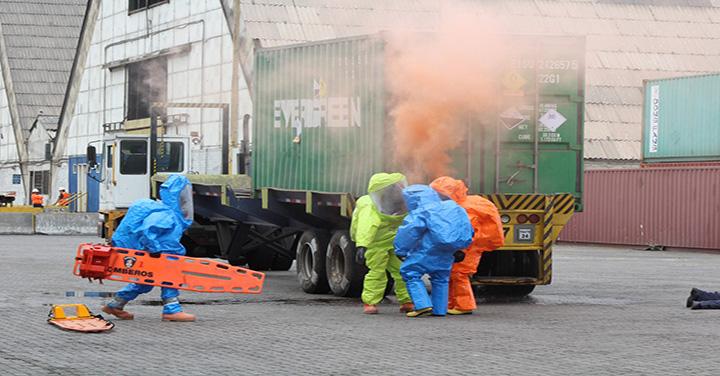 Desarrollan simulacro de derramede sustancias de peligrosas en ITI