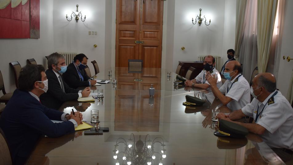 Bomberos de Chile y el Gobierno acuerdan constituir mesa de trabajo permanente