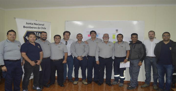 Director de la ANB realizó jornada de trabajo con instructores de Tarapacá