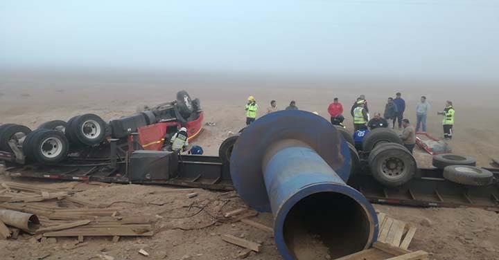 Un lesionado dejó  volcamiento de camión en Quillagua
