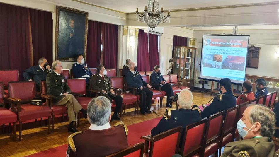 Presidente Nacional invitó al CB de Valparaíso a acreditarse como el primer Grupo de Especialidad Forestal