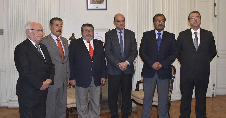 Presidente Nacional recibió a los Cuerpos de Bomberos de Valparaíso, Ovalle, Colbún y Laja