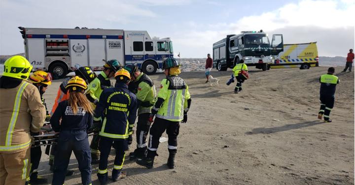 Amplio despliegue de bomberos en Antofagasta para atender diversas emergencias