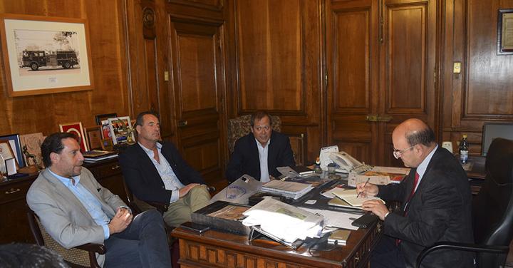 Presidente Nacional se reunió con los Cuerpos de Bomberos de Viña del Mar y El Monte