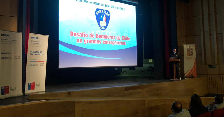 Presidente Nacional expuso en Seminario comunal de Protección Civil y Emergencias en Tocopilla