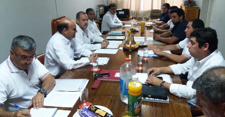 Presidente Raúl Bustos se reúne con el Directorio General del CB de Linares