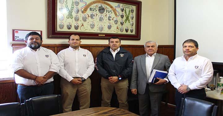 Bomberos de Iquique se reunió con Diputado Ramón Galleguillos