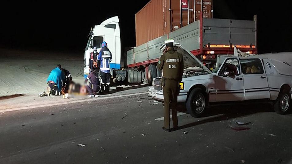 Bomberos de Huara trabajó en accidente de alta energía en Ruta 5 Norte