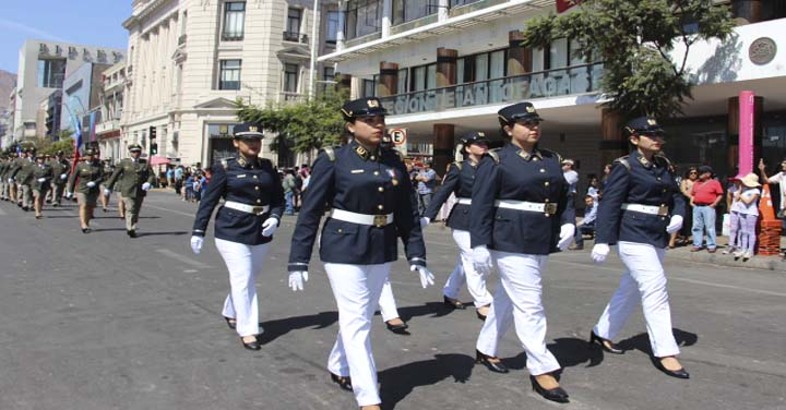 Bomberos de Antofagasta conmemoró sus 143 años de vida institucional