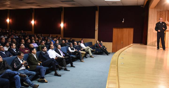 Presidente Nacional realizó exposición en Hualpén sobre los desafíos de la institución
