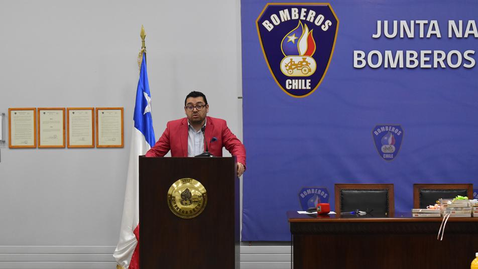 Entrevista al Gerente General de la Junta Nacional de Bomberos de Chile, Luis Erpel