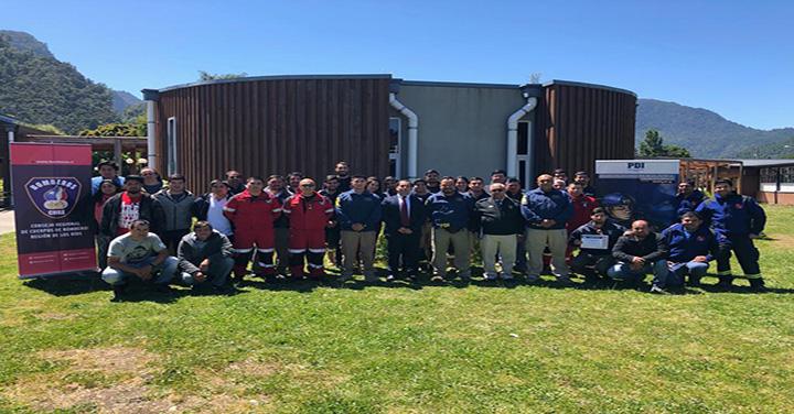 Primer Seminario de Buceo de Seguridad Pública en la comuna de Futrono