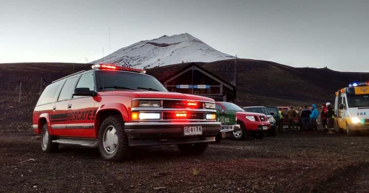 Cuerpo de Bomberos de Curacautín  trabajó en rescate en volcán Lonquimay