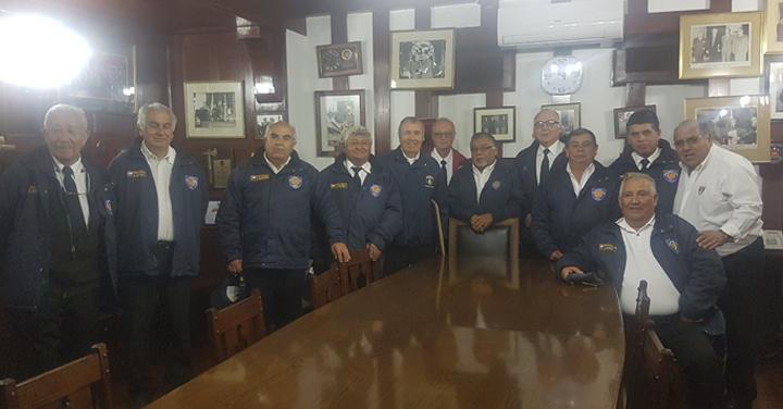 Unidad de miembros Honorarios del Cuerpo de Bomberos de La Serena visitaron sede institucional