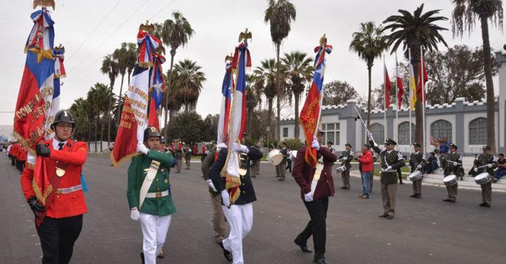 Cuerpo de Bomberos de Arica celebró Día del Bombero con desfile cívico