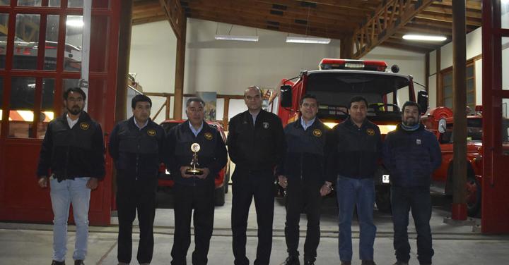 Presidente Nacional de Bomberos visitó Cuerpo de Bomberos de Zapallar