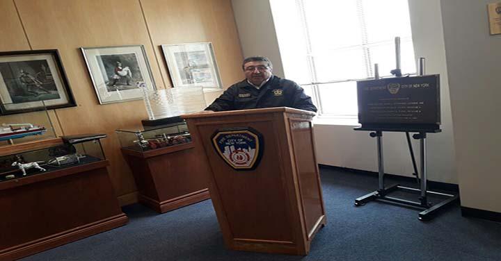 Superintendente de Valparaíso visitó al Comisionado de Bomberos de Nueva York