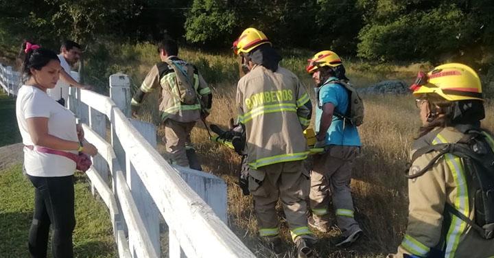 Extenuante rescate de tres excursionistas realizó Bomberos de Santa Bárbara