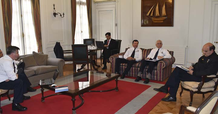 Cuerpos de Bomberos de Santa Maria, Temuco y Chonchi se reunieron con Presidente Nacional
