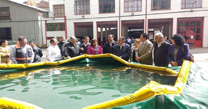 Bomberos recibió piscinas auto-soportantes para combate de incendios forestales