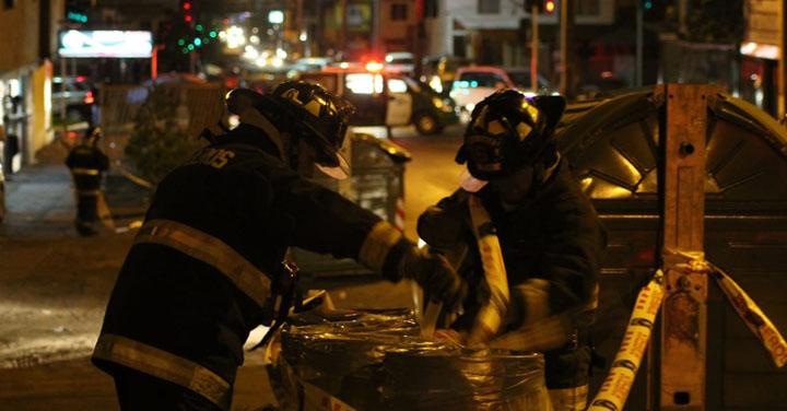 Bomberos de Iquique controla emergencia química en población O'Higgins