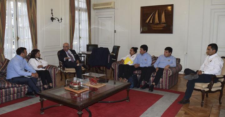 Cuerpo de Bomberos de Hualañé se reunió con Presidente Nacional